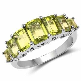 Malaika Sterling Silver 3 1/5ct Green Peridot Ring