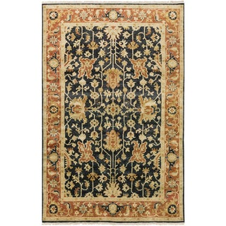 """Hand-Knotted Davon Border Indoor Area Rug - 5'6"""" x 8'6"""""""
