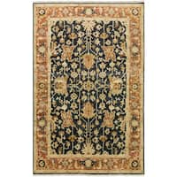 Hand-Knotted Davon Border Indoor Area Rug - 5'6 x 8'6'