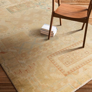 Hand-Knotted Victor Floral New Zealand Wool Rug (5'6 x 8'6)