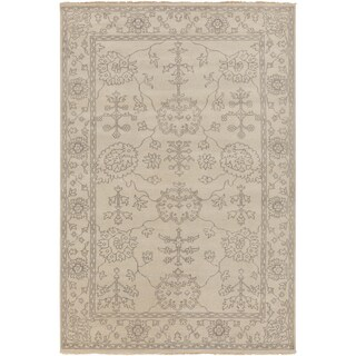 Hand-Knotted Deanna Floral New Zealand Wool Rug (9' x 13')