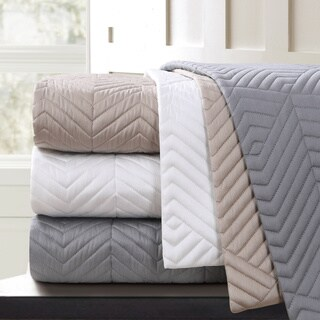 Echelon Home Monterey Quilted Cotton Euro Sham (Set of 2) (2 options available)