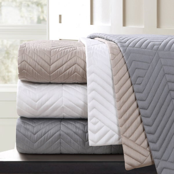 Echelon Home Monterey Quilted Cotton Coverlet