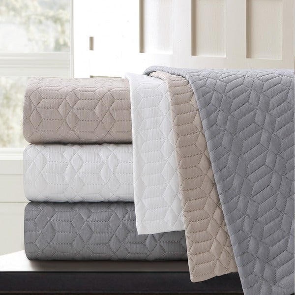 Echelon Home Laguna Quilted Cotton Euro Shams (Set of 2)