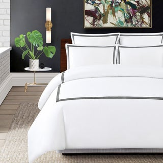 Echelon Home Three Line Hotel Collection Cotton Sateen 3-piece Duvet Cover Set in Queen (More options available)