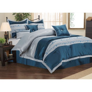 Superior Wrinkle Resistant 7-piece Carrington Comforter Set
