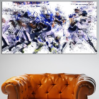 Design Art 'Football Running Back to Score' Canvas Art Print - 32 in. wide x 16 in. high