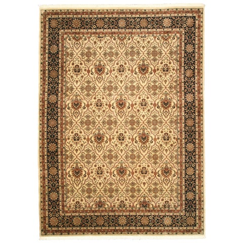 "Hand-knotted Wool Ivory Traditional Oriental Varamin Rug - 8'11"" x 12'1"""