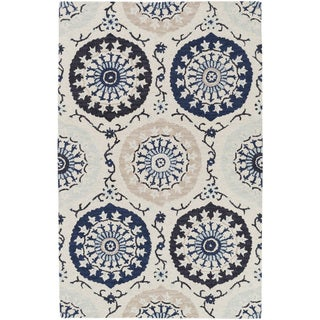 Hand-Tufted Daphne Medallion Wool Rug (8' x 11')