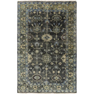 Hand-Knotted Darnell Floral New Zealand Wool Rug (3'6 x 5'6)