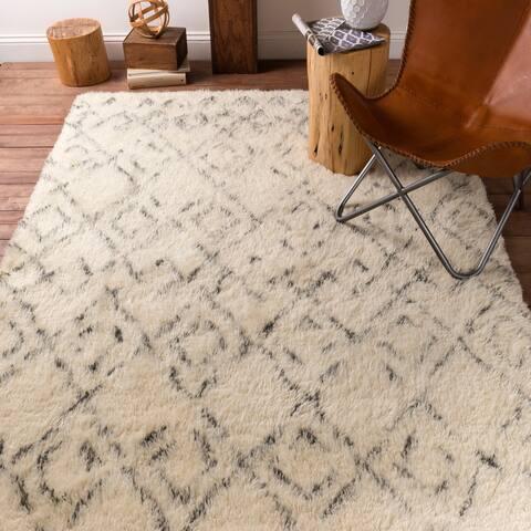 Hand-Woven Karl Geometric New Zealand Wool Area Rug - 8' x 10'