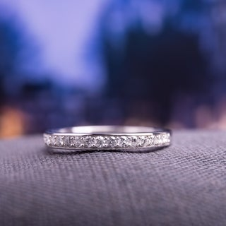 Miadora 10k White Gold 1/4ct TDW Diamond Anniversary Stackable Wedding Band Ring