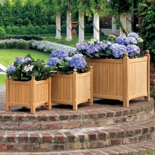 Oxford Garden Planters 19-inch Square Planter