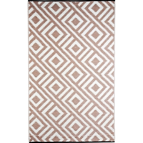 B.b.begonia Malibu Outdoor/ RV/ Camping Beige/ White Reversible Patio Mat  (8u0026
