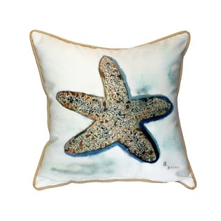 Betsy's Starfish 18-inch Indoor/Outdoor Pillow