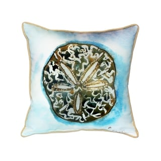 Betsy's Sand Dollar 18-inch Indoor/Outdoor Pillow