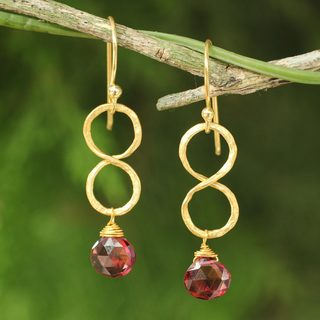 Handmade Gold Overlay 'Red Infinity' Garnet Earrings (Thailand)