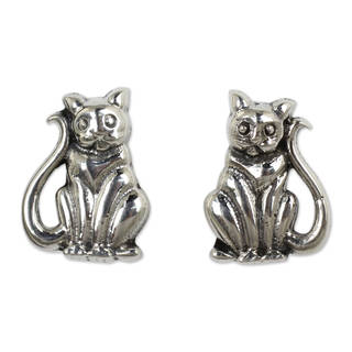 Handmade Sterling Silver 'Contented Kittens' Earrings (Thailand)
