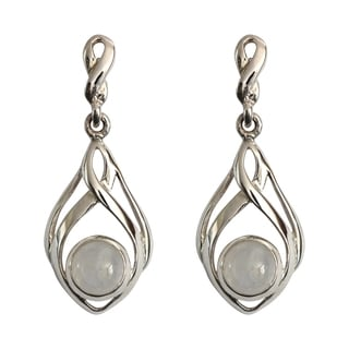 Handmade Sterling Silver Round Moonstone Classic Celtic Design Earrings (Thailand)
