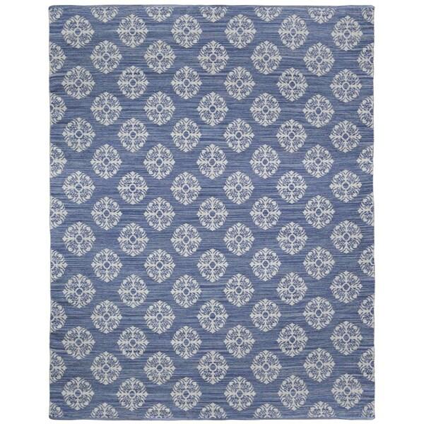 Blue Medallion Cotton Jacquard Rug (8'x10') - 8' x 10'