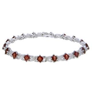 Sterling Silver Princess-cut Garnet Link Bracelet