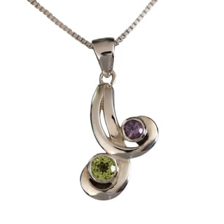 Handmade Sterling Silver Dual Natural Stones Peridot and Amethyst Necklace (Thailand)