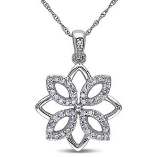 Miadora 10k White Gold 1/4ct TDW Diamond Flower Necklace