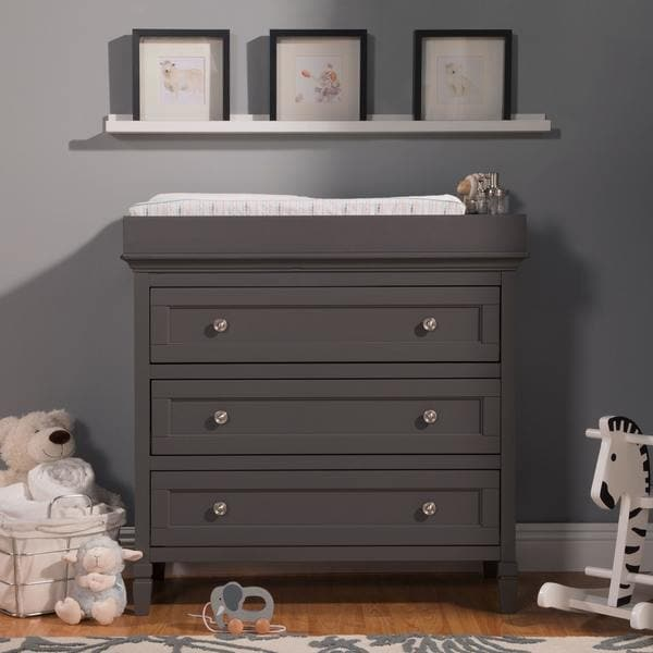 DaVinci Perse 3 Drawer Changer Dresser With Removable Changing Tray