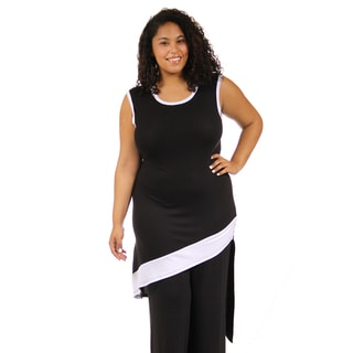 24/7 Comfort Apparel Women's Plus Size Black/ White Slant Hem Tunic