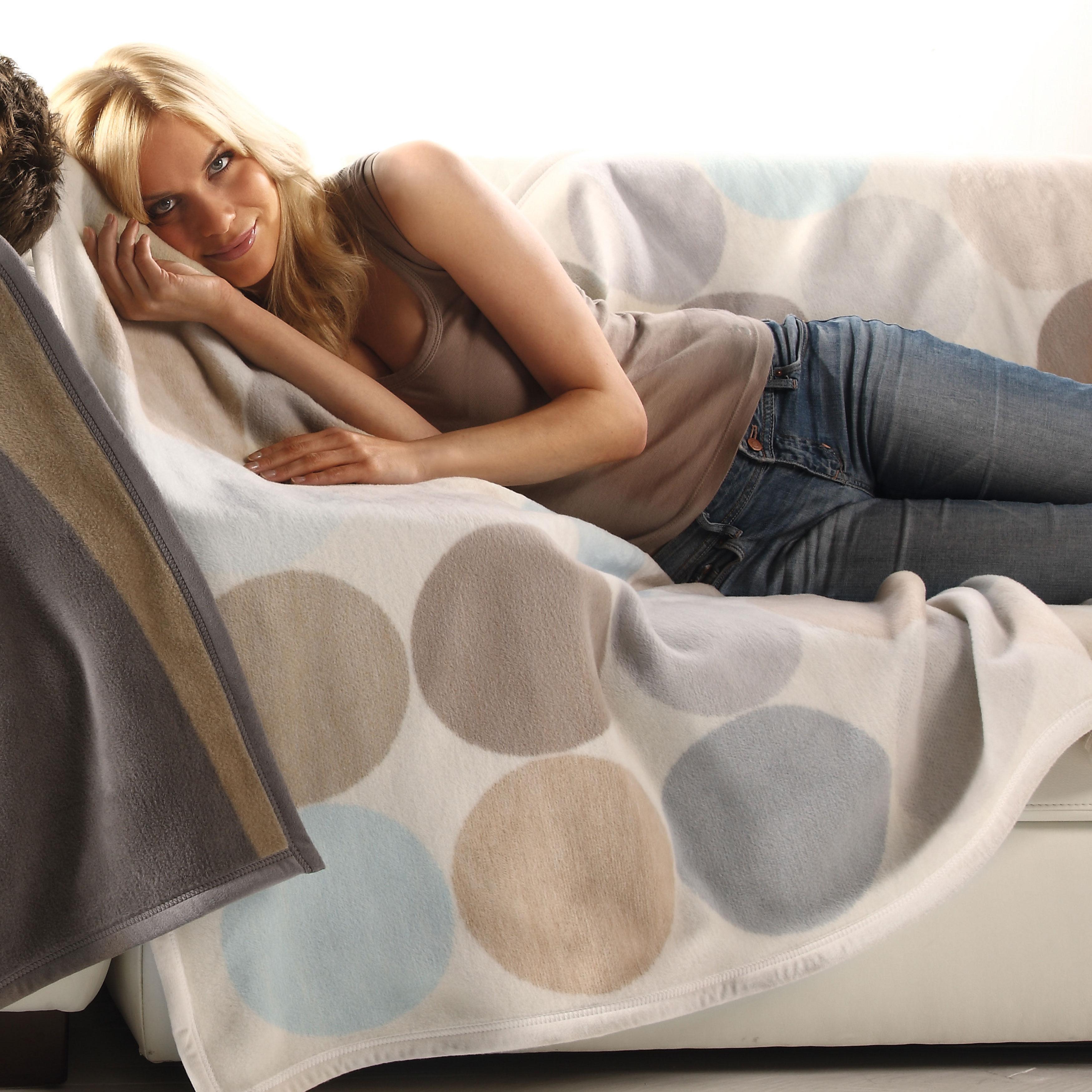Bocasa Spots Woven Throw Blanket