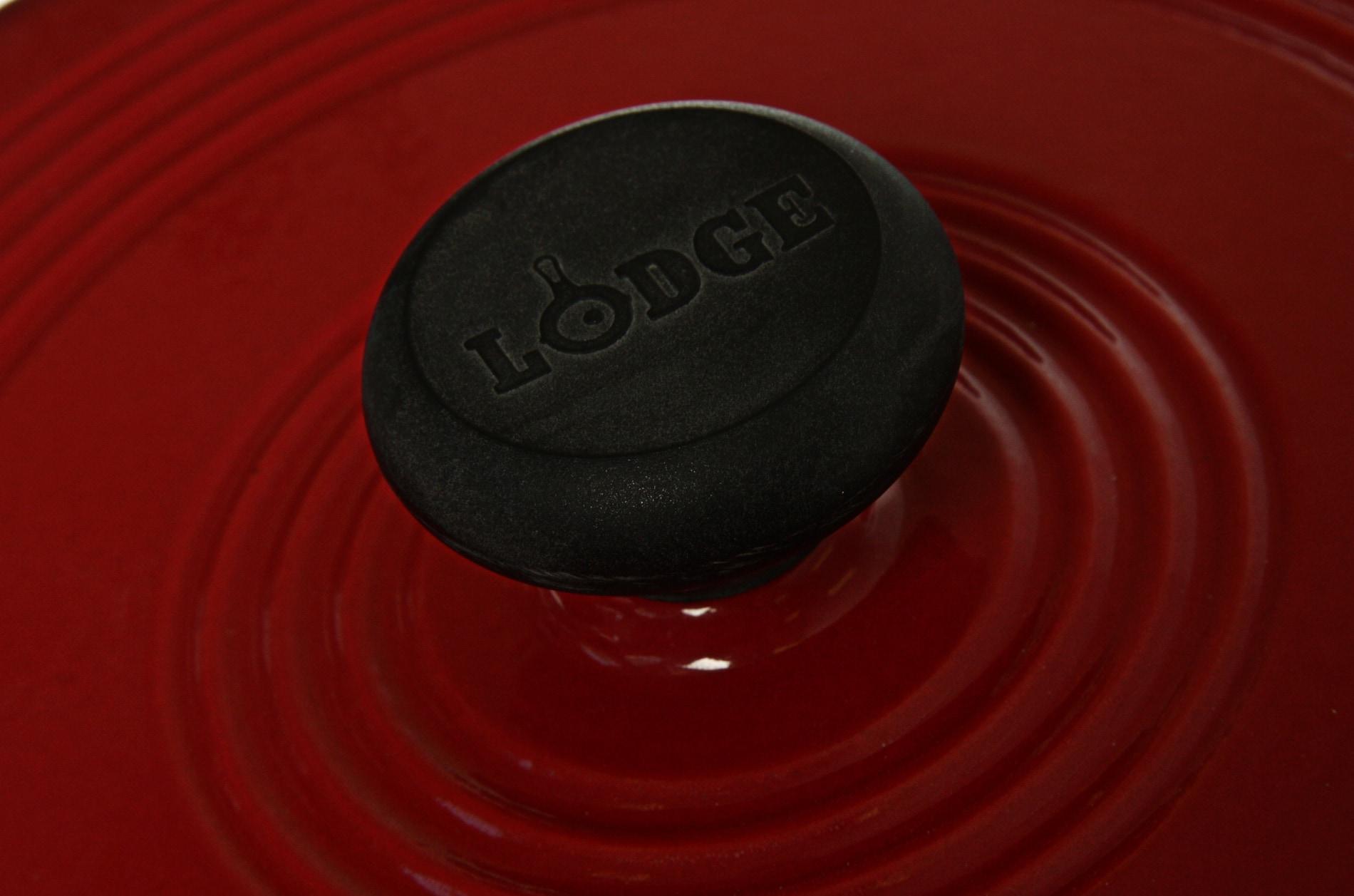 Lodge Red Enamel 3-quart Dutch Oven