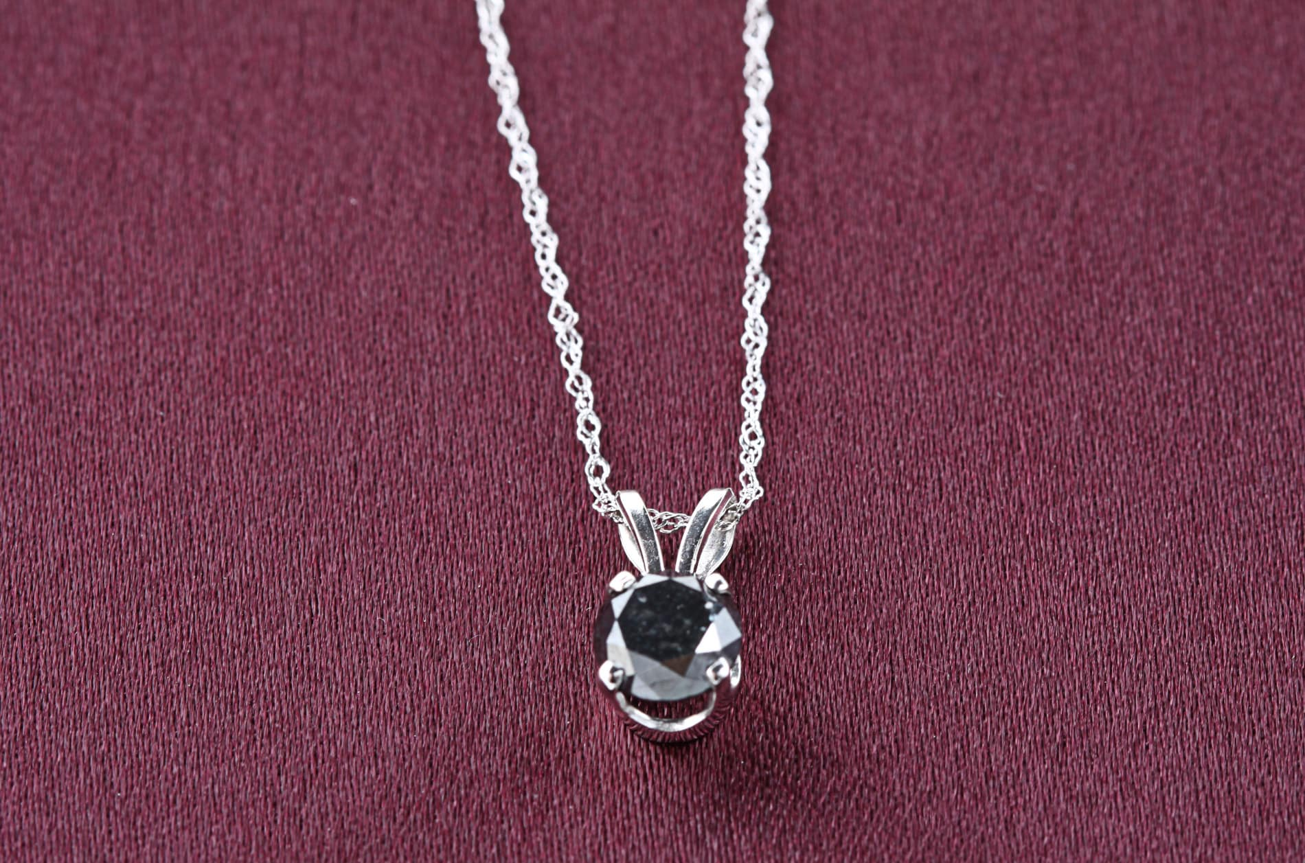 14k White Gold 1ct TDW Black Diamond Solitaire Necklace