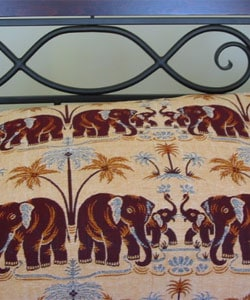 Jaipur Dual Elephant Cotton Throw  (India) - Thumbnail 1
