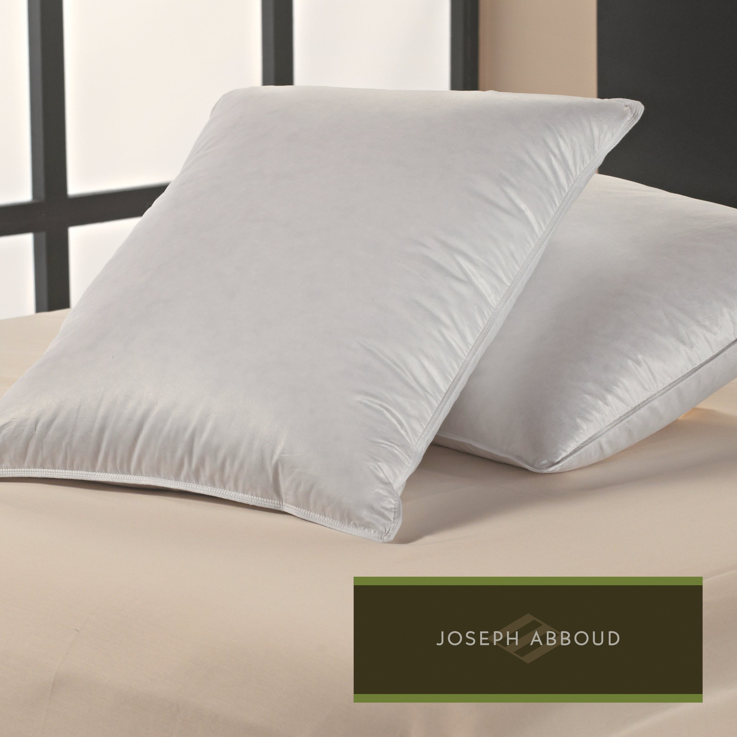 Joseph Abboud 300 Thread Count Luxury Comfort Pillows (Set of 2)