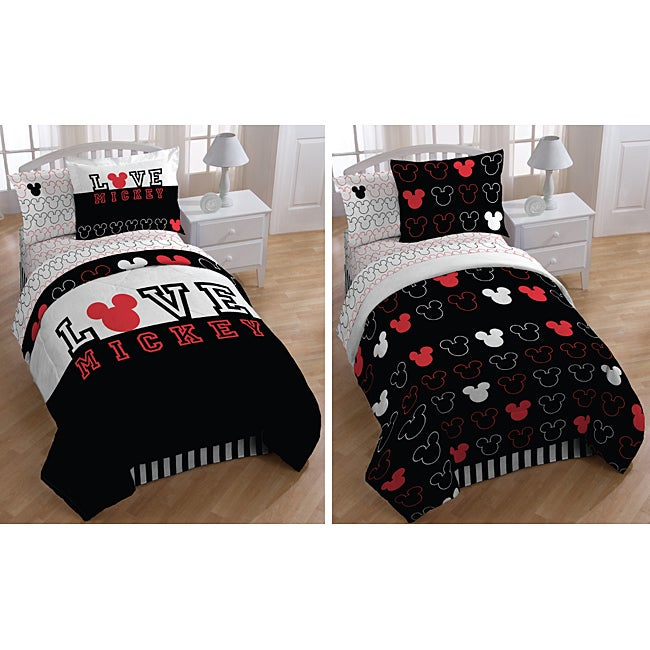 Mickey Mouse 'Love' Full-size 7-piece Reversible Bed in a ...