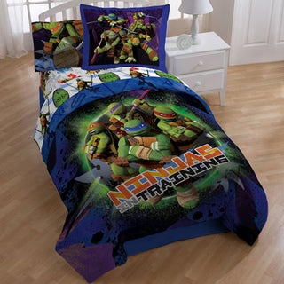 Teenage Mutant Ninja Turtles Stars 8-piece Bed in a Bag with Sheet Set