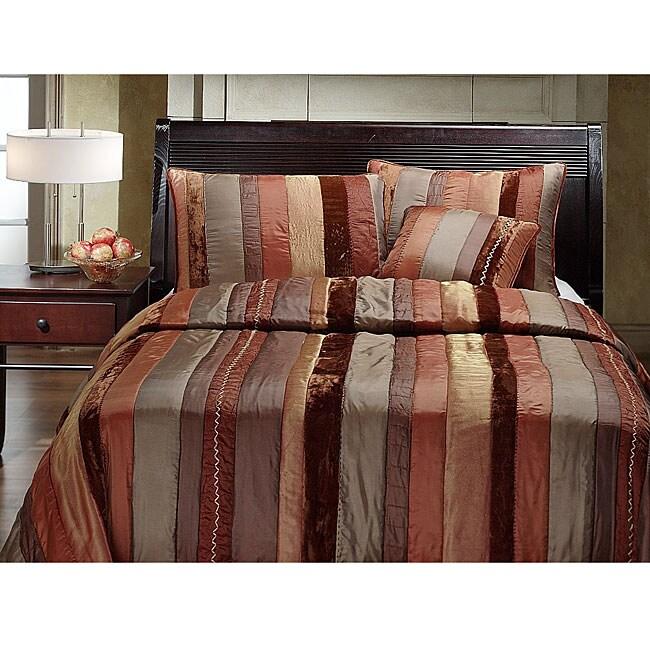 Savoy Quilt Set