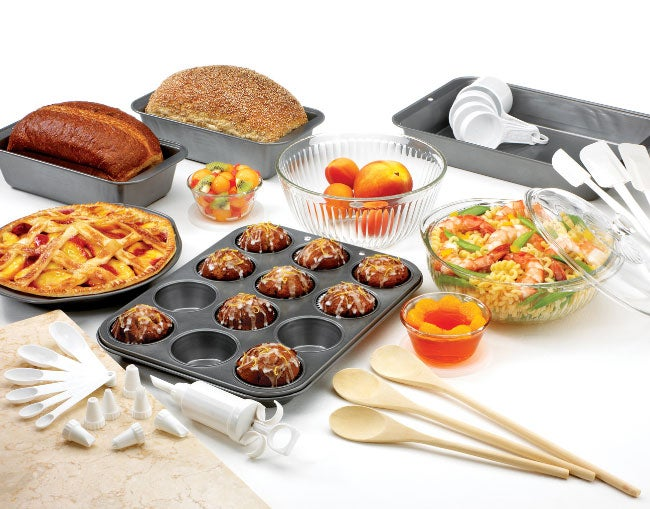 Baker 39 s secret pyrex 40 piece kitchen combo set free for Kitchen combo set 50 pcs