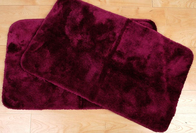 Shop Monarch 24 X 40 Inch 2 Piece Burgundy Bath Rug Set
