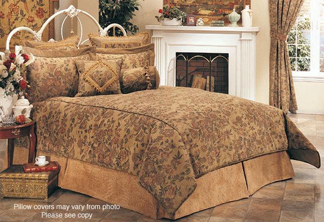 Vintage Magnolia 7-piece King Comforter Set