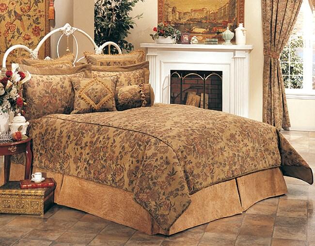 Vintage Magnolia 7-piece Queen Comforter Set