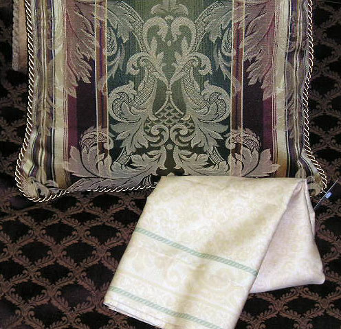 Stanford Luxury Comforter Set