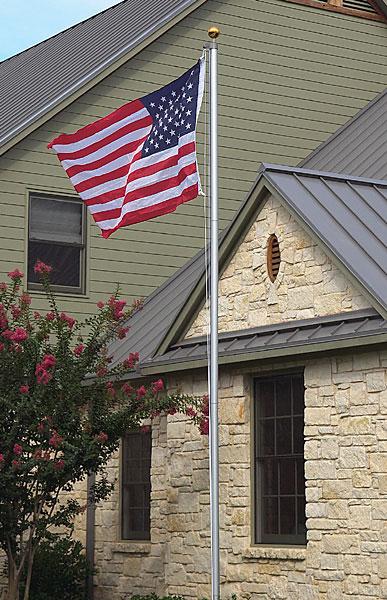 Aluminum Flag Pole (16 ft)