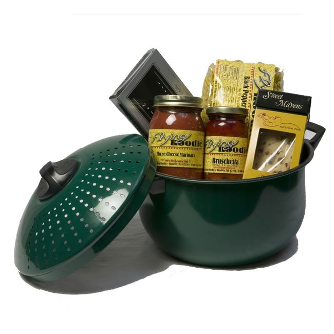 Pasta pot dinner for four gourmet italian gift basket for Italian kitchen gifts