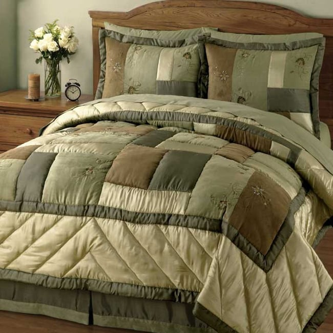 Sidney Handcrafted Microsuede/Satin Quilt Set