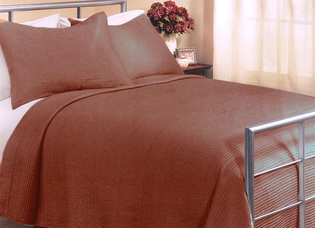Solid Coral Sateen Quilt Set