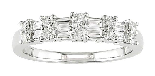 14k White Gold 1/2ct TDW Round and Baguette Diamond Ring (H-I-J, I1-I2)