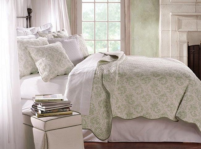 Lismore Green Toile Quilt Set