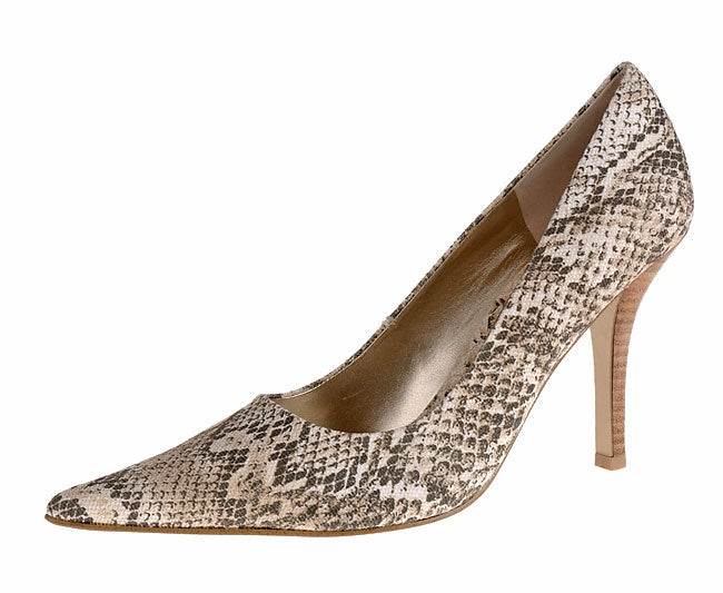 Shop Nine West Freda Women s Canvas Pumps - Free Shipping On Orders Over   45 - Overstock - 2384607 9ded52bae
