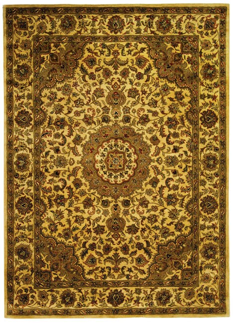 Safavieh Handmade Classic Birjand Ivory Wool Rug (8'3 x 11') - 8'3 x 11'